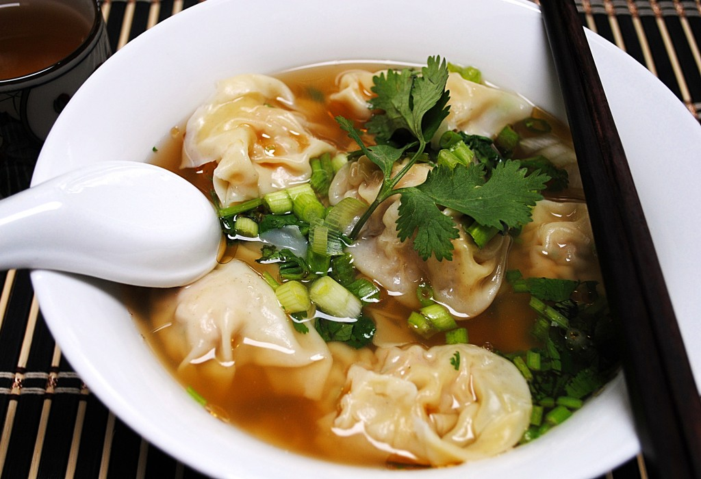 Wonton Soup 雲吞湯麵 - Chinese FoodyChinese Foody